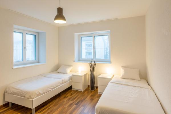 Hotel Pictures: AIRSTAY - Exclusive Apartments LUGANO, Canobbio
