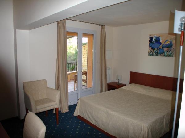 Hotel Pictures: Hôtel le Rocher, Villecroze