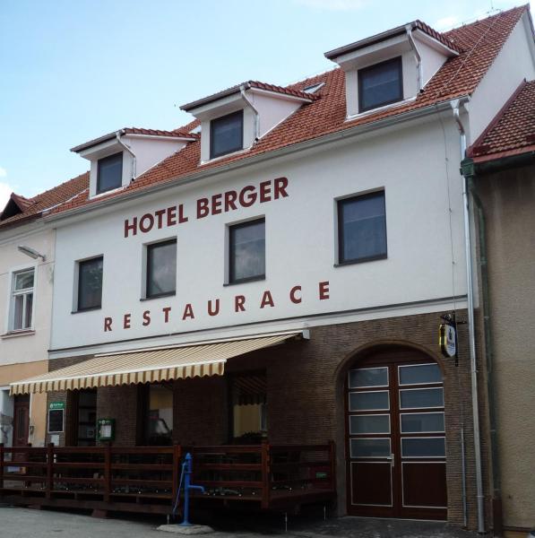 Hotel Pictures: Hotel Berger, Kamenice nad Lipou
