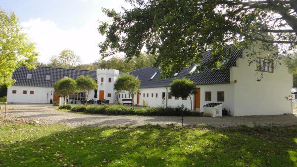 Hotel Pictures: Gammelrøj Herregård, Kolding