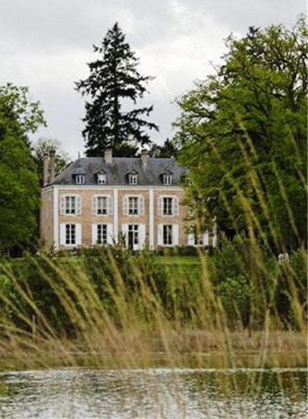 Hotel Pictures: Chambres d'hôtes Le Mousseau, Chaumont-sur-Tharonne
