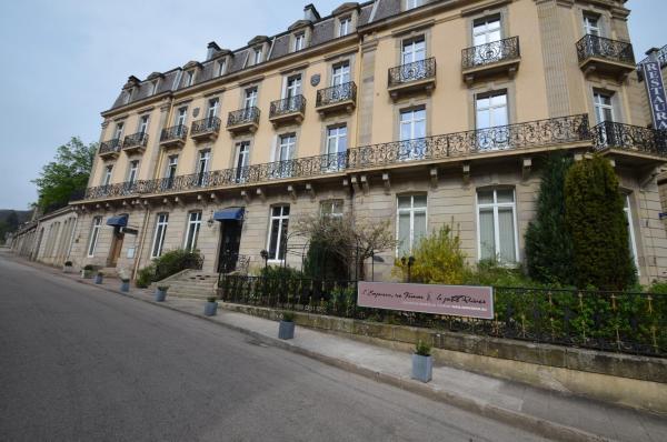 Hotel Pictures: L'Empereur, sa Femme et le petit Prince, Plombières-les-Bains