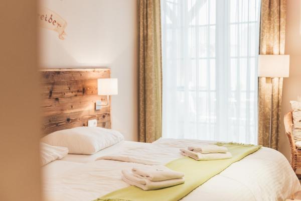 Hotel Pictures: Weinwirtshaus Wlaschits, Klingenbach