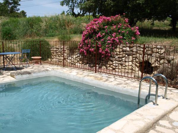 Hotel Pictures: jardin d'antan, Ansouis