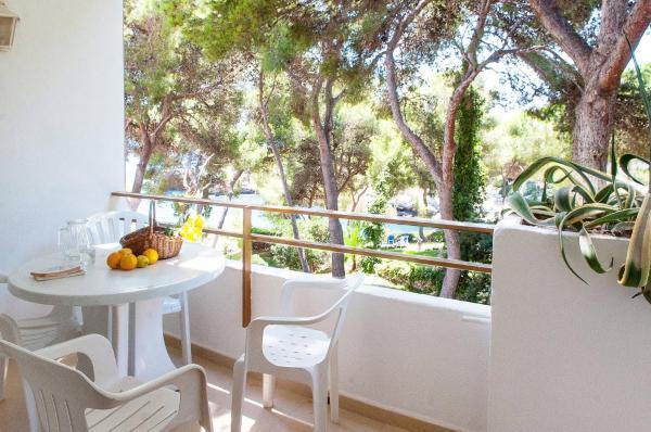 Hotel Pictures: Anlage mit Pool (120), Cala Ferrera