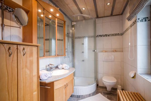 Hotel Pictures: Gästehaus Appartements Staffner, Kirchberg in Tirol
