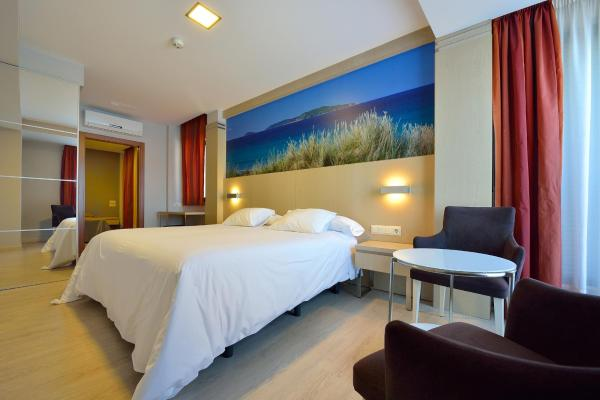 Hotel Pictures: Hotel Puente de La Toja, O Grove