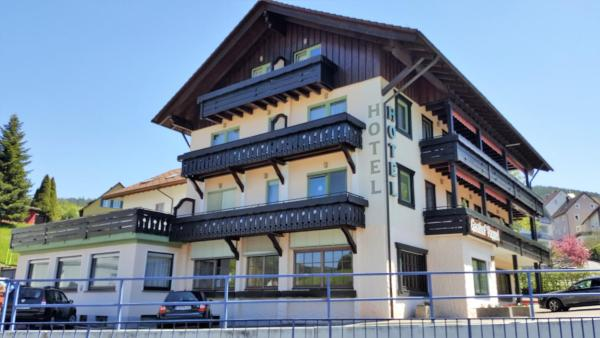 Hotel Pictures: Hotel-Restaurant Pappel, Baiersbronn
