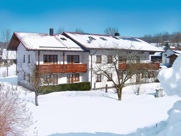 Hotel Pictures: Ferienhof Kronner (212), Zachenberg