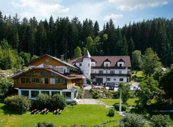 Foto Hotel: Märchenhotel Waldpension Nebelstein, Harbach