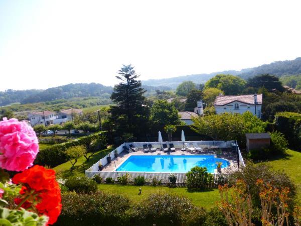 Hotel Pictures: Maison d'Hotes Villa Itsas Mendi, Bidart
