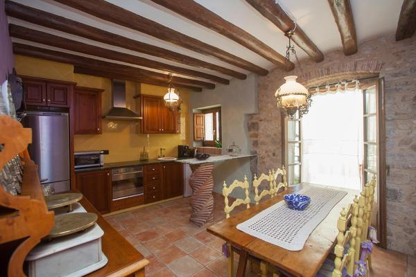 Hotel Pictures: Casa Major, Torroella de Montgrí