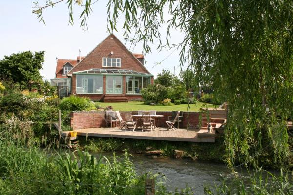Hotel Pictures: Bridge Cottage Bed and Breakfast, Peterborough