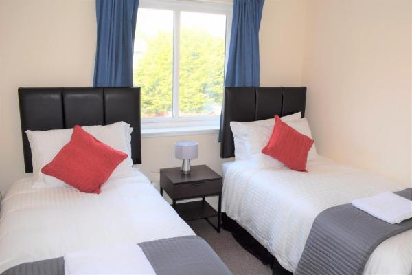 Hotel Pictures: Kelpies Serviced Apartments - Alexander, Falkirk