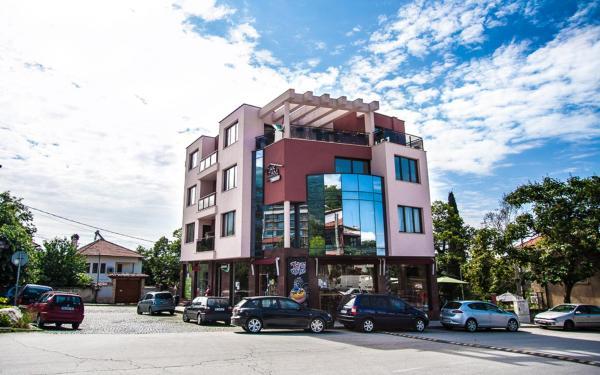 Hotelbilleder: Family Hotel Pak Tam, Karlovo
