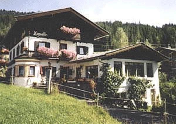 Fotos do Hotel: Gasthof Kapelln, Fieberbrunn