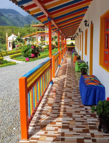 Hotel Pictures: Hosteria El Paraiso, Jardin