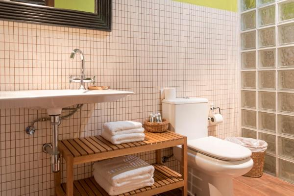 Hotel Pictures: Hotel Rural L'Alcova, Montardit