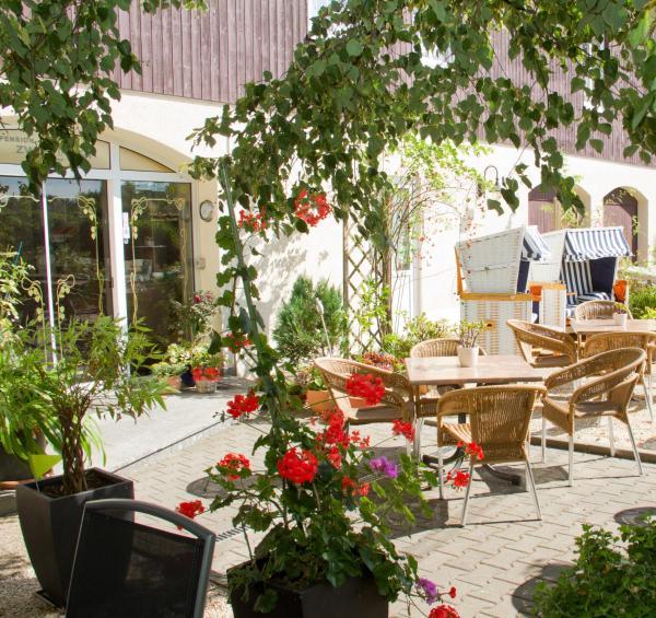 Hotelbilleder: Hotel Zwei Linden, Ottendorf-Okrilla
