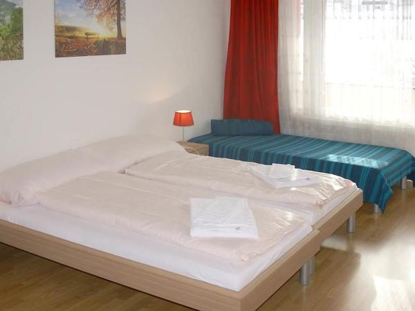 Hotel Pictures: Apartment Triangel A Anderes, Parpan