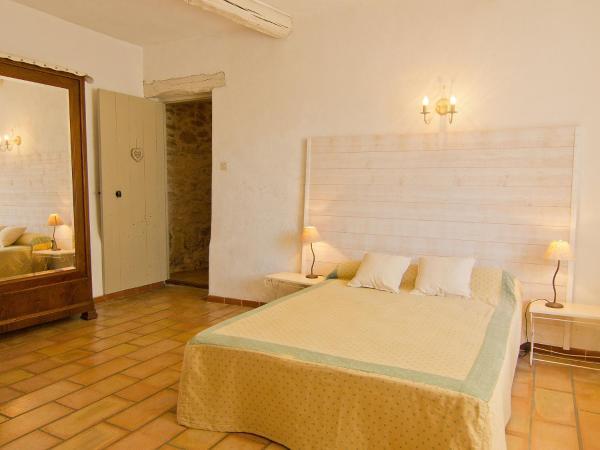 Hotel Pictures: Holiday Home Serignan, Sérignan-du-Comtat