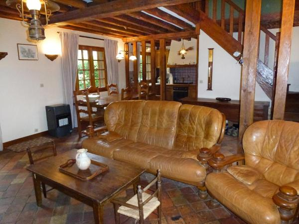 Hotel Pictures: Holiday Home Le Clos des Rossignols, Grand Bec