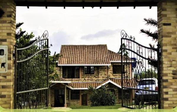 Hotel Pictures: Villa Ruth, La Purnia