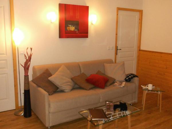 Hotel Pictures: Apartment Les Balcons du Recoin.1, Chamrousse