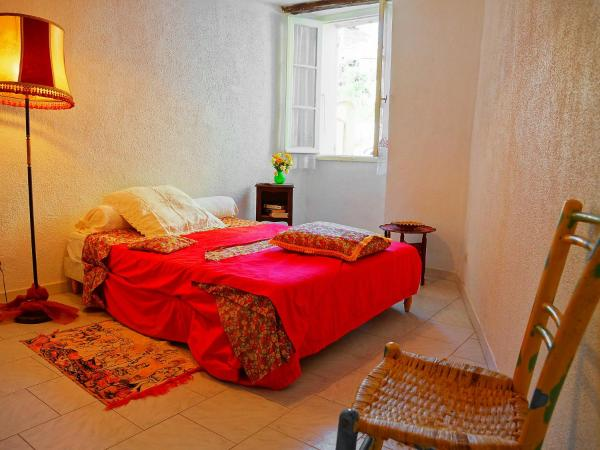 Hotel Pictures: Country House Casabianca.1, Lopigna