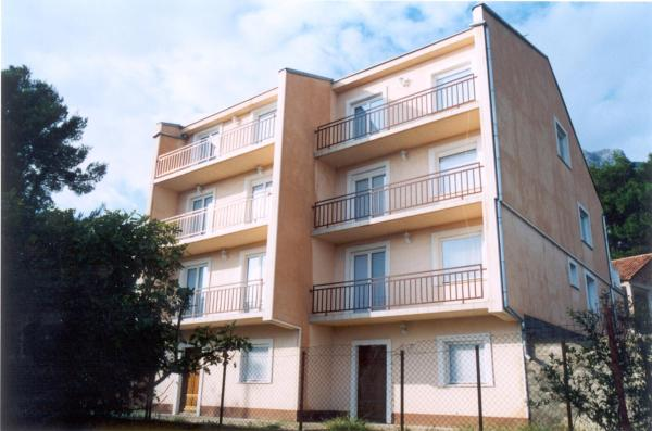 Foto Hotel: Apartments Adria, Orebić