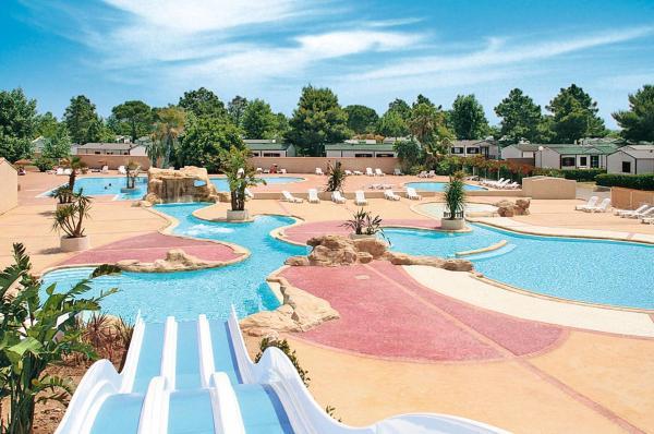 Hotel Pictures: Domaine Les Mûriers (100), Vendres-Plage
