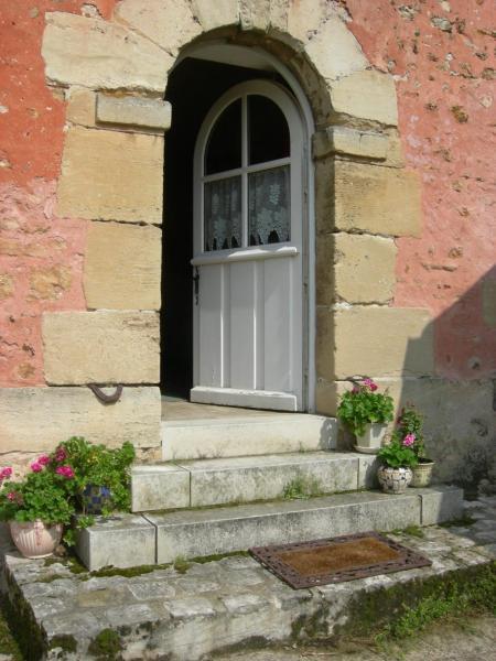 Hotel Pictures: La Ferme Rose, Cergy