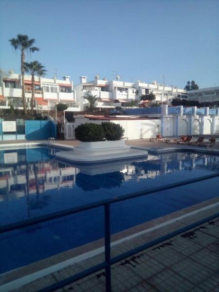 Hotel Pictures: Edificio El Chaparal, Costa Del Silencio