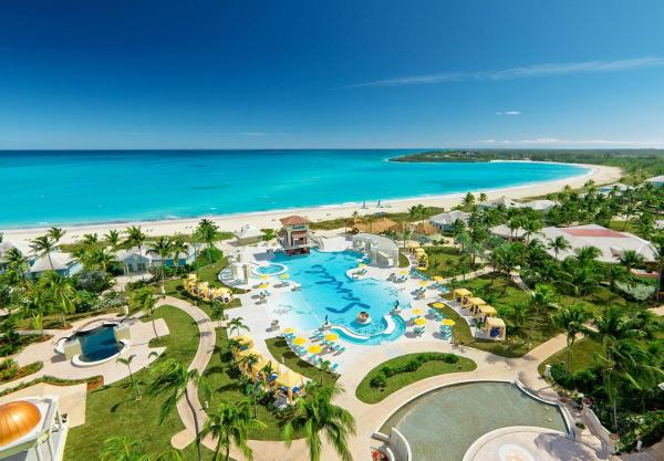 Hotel Pictures: Sandals Emerald Bay Golf, Tennis and Spa All Inclusive Resort - Couples Only, Georgetown