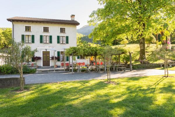 Hotel Pictures: Ostello & Camping Riposo, Losone