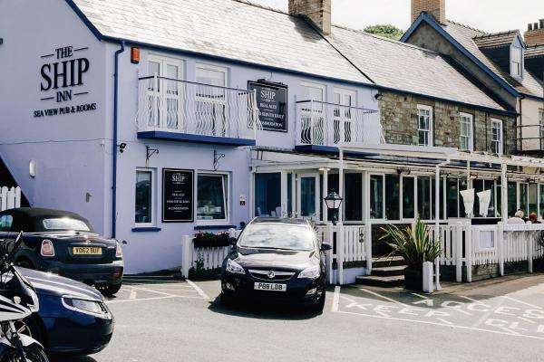 Hotel Pictures: Ship Inn, Aberporth