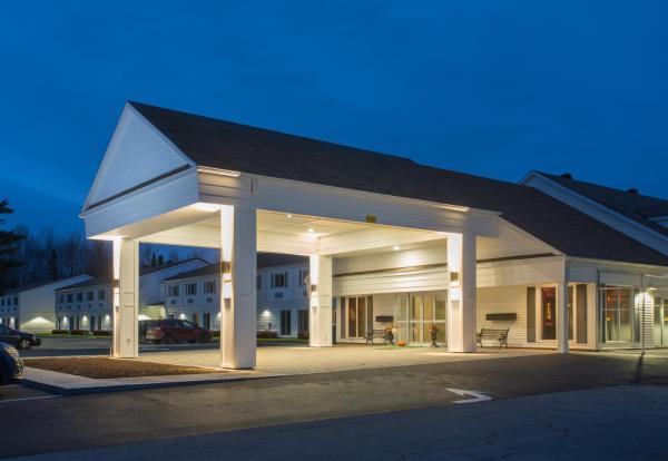 Hotel Pictures: Atlantic Host Hotel, Bathurst