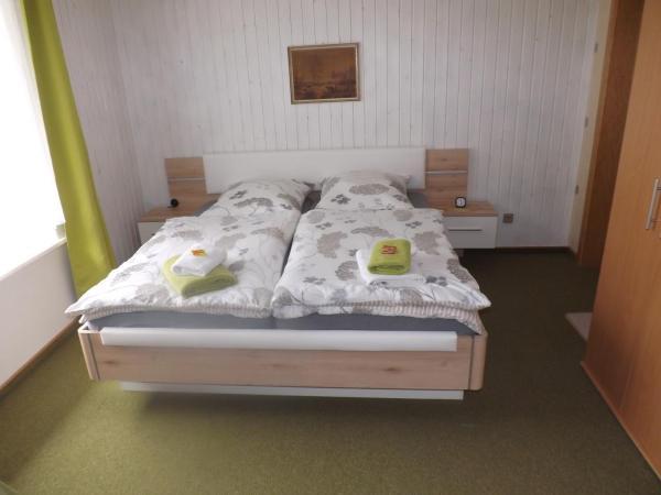 Hotelbilleder: Pension Sonneneck, Kamschlacken