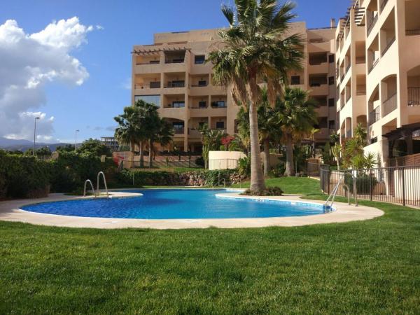 Hotel Pictures: Atico 2Dormitorios Aguadulce, Aguadulce
