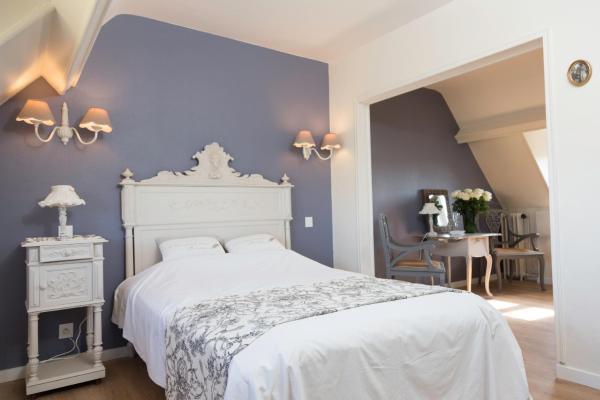 Hotel Pictures: La Villa Les Mots Passants, Cabourg