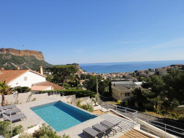 Hotel Pictures: Home Cassis. Maison Mediterrannee, Cassis
