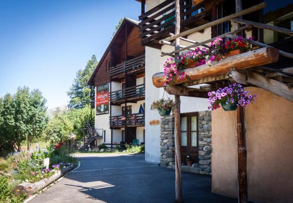 Hotel Pictures: Hotel Spa L'Equipe, Molines-en-Queyras