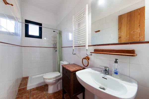 Hotel Pictures: La Tortuga, Carrión de Calatrava