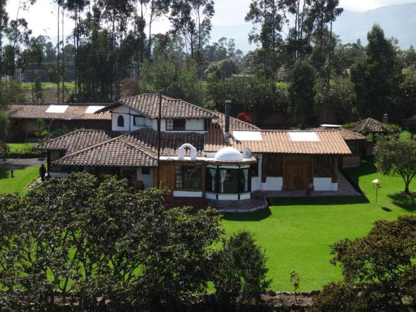 Hotel Pictures: Zaysant Ecolodge, Puembo