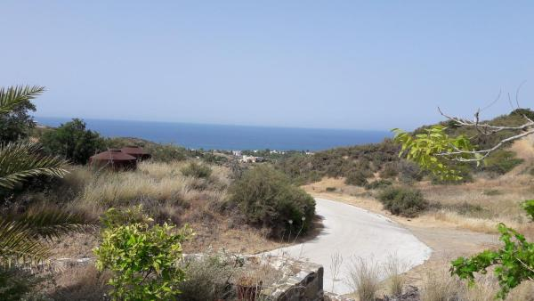 Hotel Pictures: Zinon, Kato Pyrgos