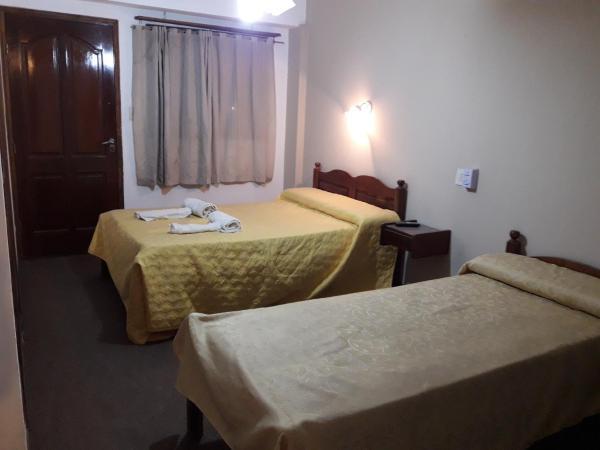 ホテル写真: Hotel Daives, Termas de Río Hondo