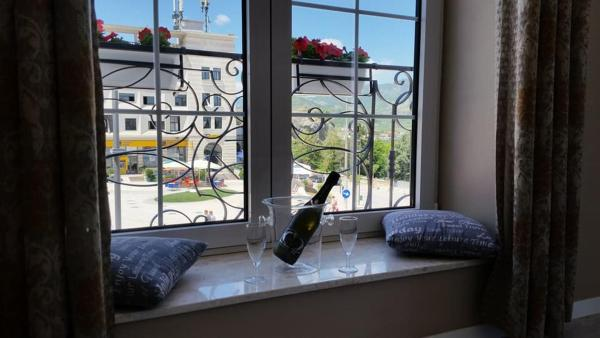 Zdjęcia hotelu: Funky Guest House & Bar, Përmet