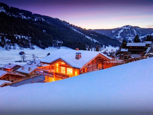 Hotel Pictures: Chocoon Lodge, La Clusaz