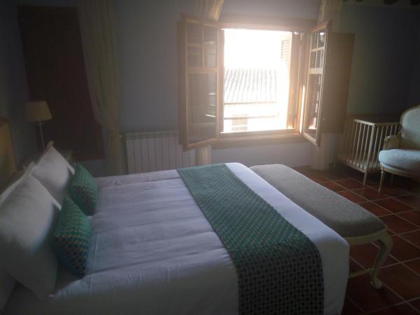 Hotel Pictures: Casa Rural El Gaiter, Aguaviva