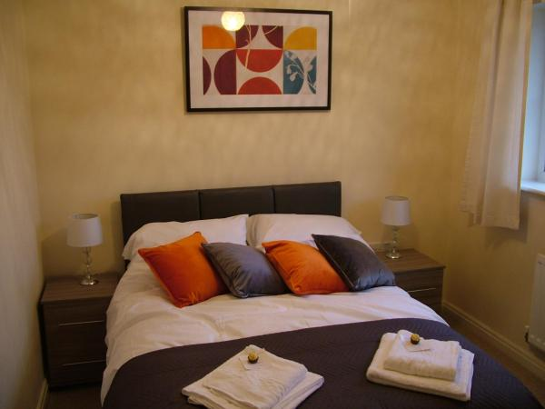 Hotel Pictures: Thistle Cottage, Mildenhall